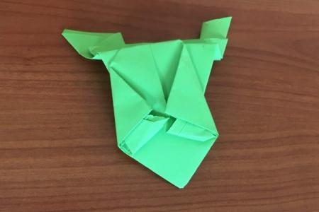 Žába z papíru